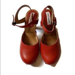 Steve Madden red high heel clogs 6